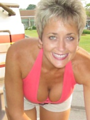virginia beach mature women personals Personal ads for virginia beach, va are a great way to find a life partner, movie date, or a quick hookup personals are for people local to virginia beach, va and are for ages 18+ of either sex.